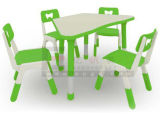6 Kidsのための幼稚園Furniture U Shape Children TableおよびChairs