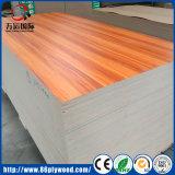 Panneau de contreplaqué en mélamine en bois de noix / sapelli / bois de pin pour mobilier de bureau