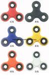 Friemelt de TriSpinner van het Aluminium van het metaal de Spinner van de Hand van het Stuk speelgoed voor de Jonge geitjes van Volwassenen