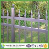 Preiswerter bearbeitetes Eisen-Zaun für Garten
