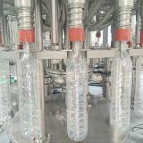 Reine Wasser-Flaschen-füllende Zeile