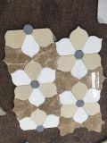 Плитка мозаики отрезока смешанной мраморный конструкции цветка водоструйная