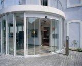 좋은 보는 자동적인 구부려진 미닫이 문