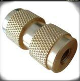 ナーリングの糸が付いているRoHSの対応真鍮の挿入
