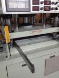 Máquina cortada em forma de papel / espuma