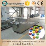 Haricots colorés de chocolat de casse-croûte de GV faisant la machine