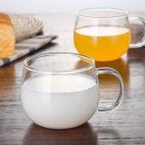 ハンドルの朝食のギフトのコップのコーヒー・マグが付いているハンドメイドのガラスティーカップ