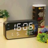 Отображение календаря в таблице тревог наружного зеркала заднего вида LED часов в зависимости от температуры