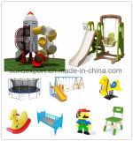 Скольжение спортивной площадки малышей темы оборудования спортивной площадки малышей напольное