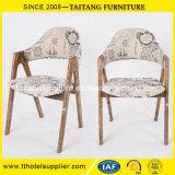 Cadeira arborizada chinesa do hotel e do restaurante da fábrica