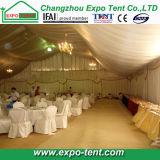 Grande tenda di lusso della tenda foranea con la decorazione del rivestimento