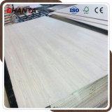 El grado AAA de contrachapado de madera de nogal negro para los muebles y decoración.