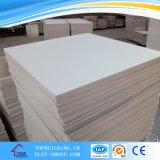 Прокатанная PVC пленка потолка Tile/PVC плитки 603*603*9mm/Gypsum потолка гипса смотрела на панель гипса