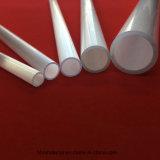 さまざまなサイズの乳白色の白い水晶管