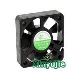 Ventilateur solaire sans frottoir de C.C de Xinyujie 50mm 5015 ventilateur axial de C.C de 12V 24V 50X50X15mm