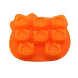 FDAは12個のコップのシリコーンのマフィンのカップケーキの耐熱の深皿のあたりで等級別になる