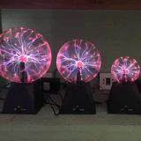 Para arriba encendidas luces de la Navidad de la bola del plasma de la Navidad