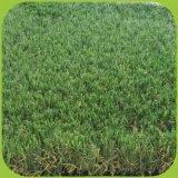 Muddy libre de l'herbe jardin Gazon synthétique pour l'aménagement paysager