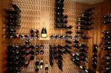Cremagliera di alluminio fissata al muro decorativa del vino del cilindro del metallo della cremagliera del vino della spina