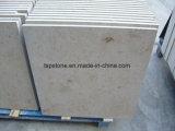 Het opgepoetste/Geslepen Beige/Witte Beige Kalksteen van Moca/van het Juragebergte voor de Tegel van de Plak/van de Muur/van de Bevloering
