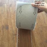 Carrelages auto-adhésifs de PVC/étage de peau et de bâton