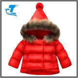 온난한 여자 아기 가을 겨울은 아래로 입힌다