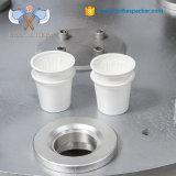 De Automatische roterende koffie Nespresso van Bespacker xbg-900C en de kop vullende en verzegelende verpakkingsmachine van K