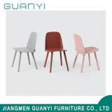 Novo design colorido Mobiliário doméstico Cadeira de jantar