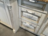 Gabinete de cozinha de madeira da madeira clássica do projeto