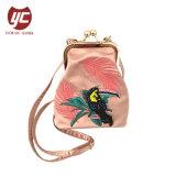 Bag Crossbody Bags della piccola della borsa del nuovo di arrivo LC-018 del commercio all'ingrosso sacchetto della clip del ricamo della tela di canapa signora
