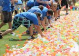 Speelgoed van de Jonge geitjes van de Ballen van de Lanceerinrichting van de Bommen van het Strand van de Plons van de Strijd van de Bos van de Activiteit van de Pret van de Uitrusting van de Zandstraler van de Steunen van de Gezelschapsspels van de Zomer van het Pompstation van de Ballons van het water het Onmiddellijke Magische Openlucht