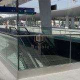 El aluminio de cristal U de la barandilla del balcón de Frameless basó el pasamano del canal