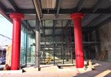 Sala d'esposizione di vetro prefabbricata della struttura d'acciaio della costruzione con la scheda di pietra della decorazione