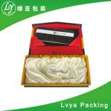 Logo personnalisé Papier de luxe de fermeture de l'aimant de carton plume Bijoux Cadeaux coffret cadeau boîtes d'emballage