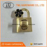 La mode la lumière de l'or tourner le verrou pour sac avec fleur Hjw1706