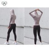 Идущая тенниска 2017 с тенниской Hoodie втулки обжатия спорта пригодности женщин клобука длинней
