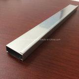 Quadrato, profilo rotondo e differente dell'espulsione della lega di alluminio per il portello e tubo 119 della finestra