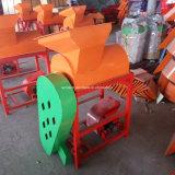 Agriculteur Utiliser le bombardement de la machine de châtaignier chinois