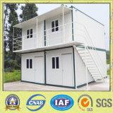 Модульная дом контейнера в конструкции сидит