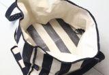 母のための高品質の工場供給の黒の縞の赤ん坊のおむつ袋