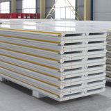 L'usine à prix abordable les ventes directes de la production de panneaux sandwich en polyuréthane