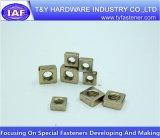 Noix carrée galvanisée jaune du prix usine DIN557