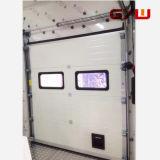 低温貯蔵または冷蔵室のための引き戸の上