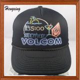 黒い刺繍のアクリルの網の急な回復の帽子