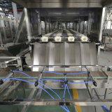 Terminar a linha de produção do engarrafamento de água para o frasco de 5 galões
