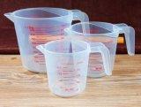 Taza de medida plástica para médico/la hornada/la cocina con la maneta