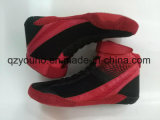 De flexibele Lichtgewicht Chinese Schoenen die van Sporten Schoenen voor Mensen worstelen