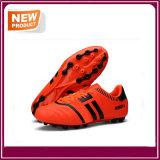 Form-Fußball der Männer bereift Fußball-Schuhe