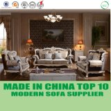 切り分けられたフレームが付いている贅沢なホーム家具の帝国標準的なソファー