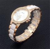 Montres de dames en plastique de montre-bracelet en céramique en plastique des femmes Vs-130 blancs